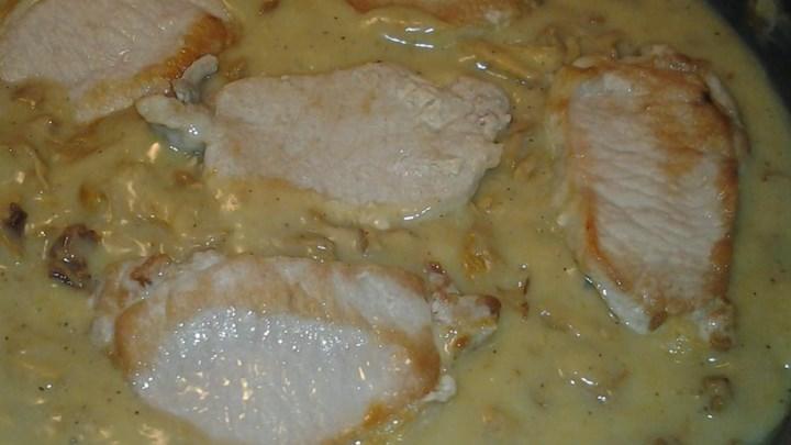 Pork Rib in Chanterelle Mushroom Gravy