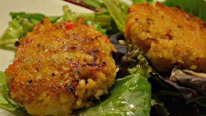 Deviled Crab Cakes on Mixed Greens with Ginger-Citrus ...