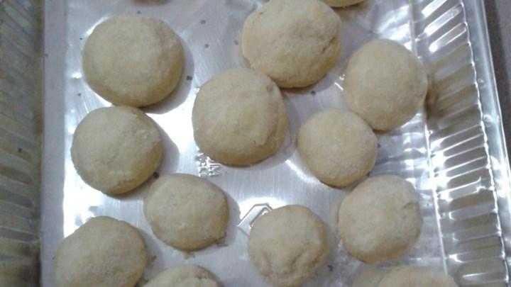 Amaretto Butter Balls