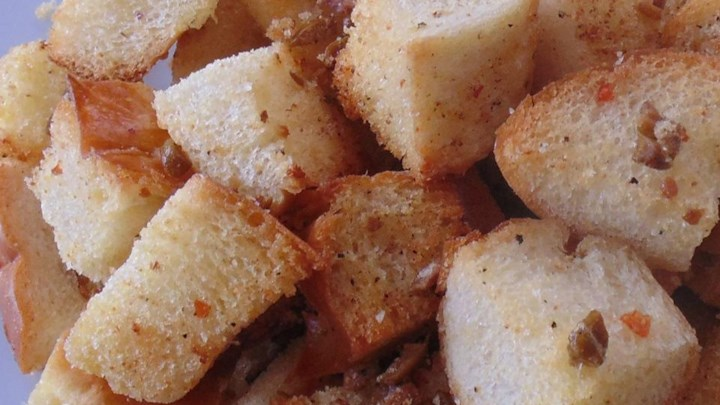 Olive Croutons