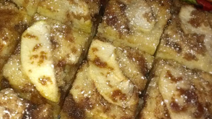 Streusel Apple Coffeecake