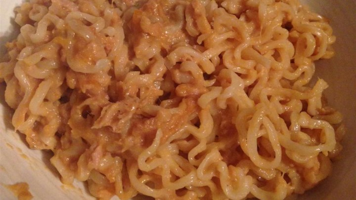 Dorm Room Cheesy Tuna and Noodles