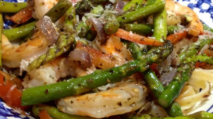 Shrimp and Asparagus with a Louisiana Twist