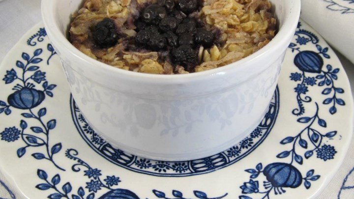 Coconut-Blueberry Baked Oatmeal