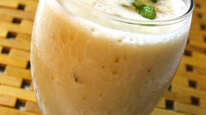 Rum and Raisin Banana Smoothie