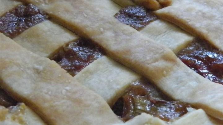 Grammy's Favorite Rhubarb Custard Pie