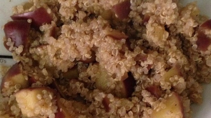 Apple Cinnamon Breakfast Quinoa