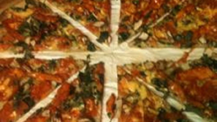 Matt's Marinated Chicken Spinach Pizza - Quick, Pourable Crust