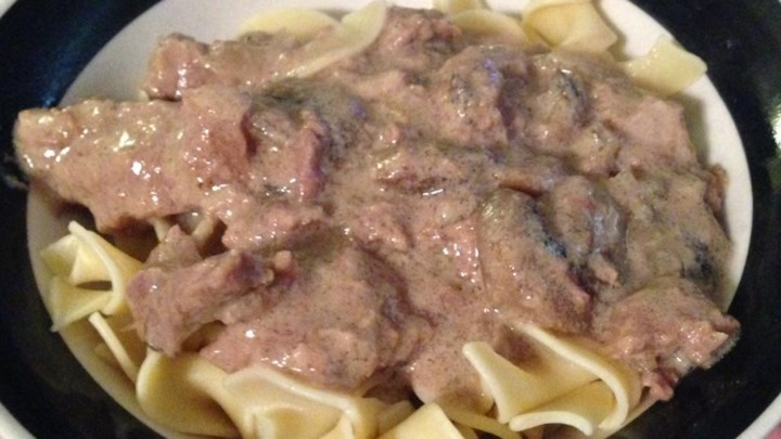 Easy Slow Cooker Stroganoff