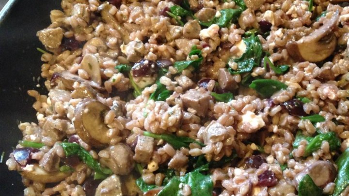 Farro, Sausage, and Spinach Dinner