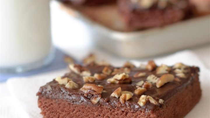 G.G.'s Chocolate Sheet Cake