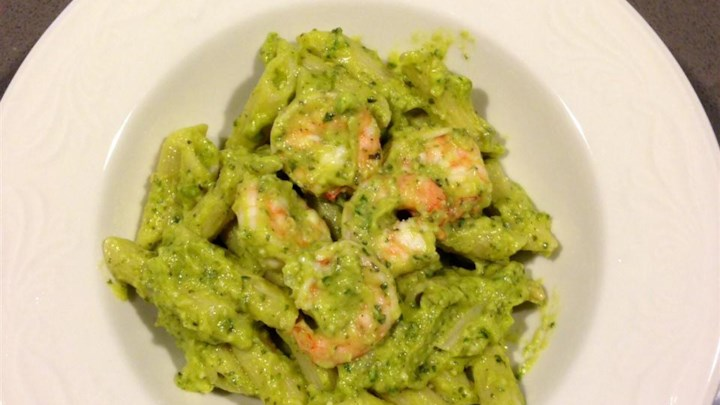 Creamy Avocado Pesto - Delish!