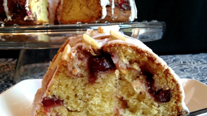 Sandy's Cranberry Coffee Cake