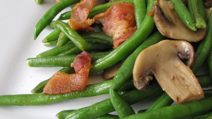Mushroom and Bacon Green Beans