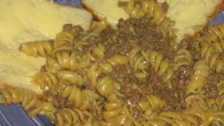 Beefy Cheesy Pasta