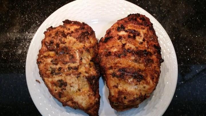 Fabienne's Barbecued 'Papcinna' Drumsticks