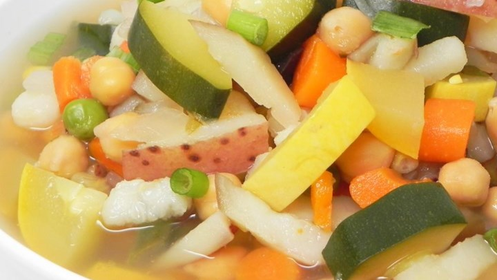 Hearty Chicken Vegetable Soup III