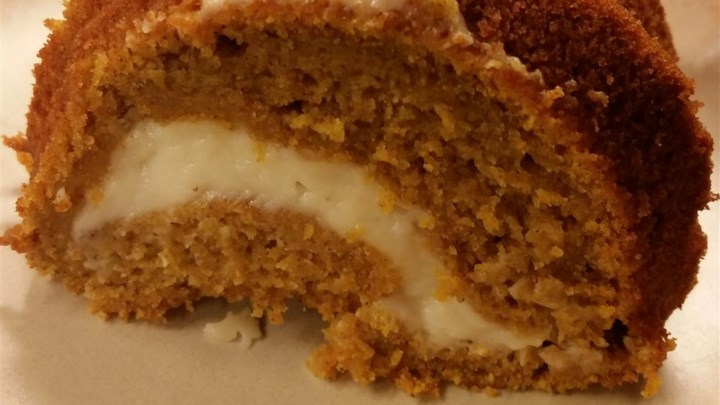 Gluten-Free Pumpkin Cream Cheese Cake