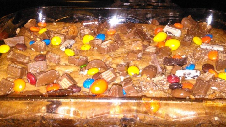 Leftover Halloween Candy Brownies!