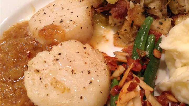 Scallops with White Wine Sauce II