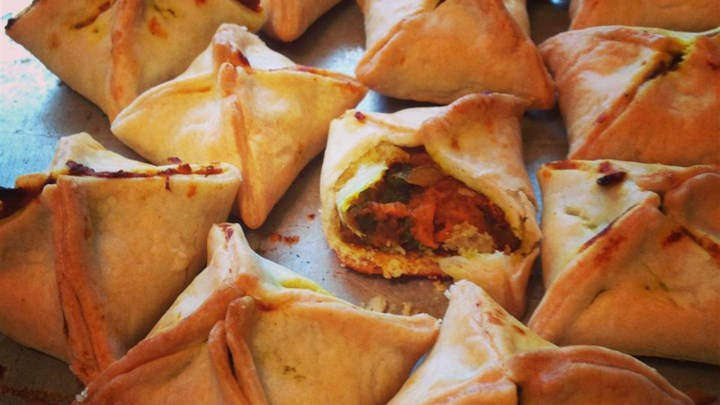 Easy Baked Indian Samosas