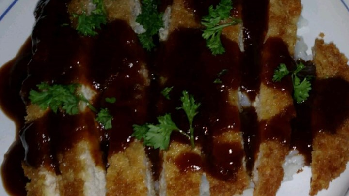 Lucy's Quick Tonkatsu Sauce