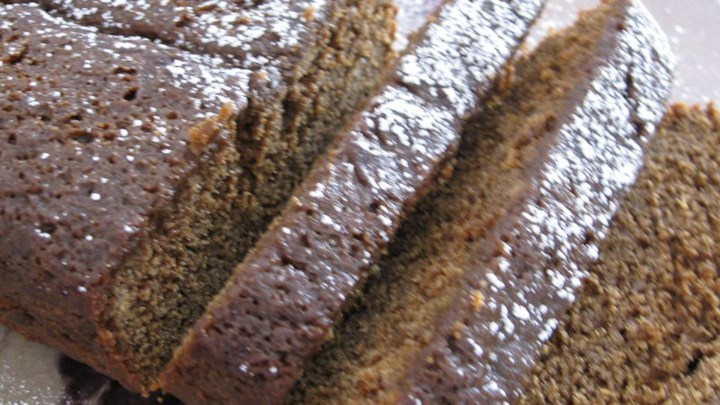 Moist, Tender Spice Cake: Gingerbread Variation