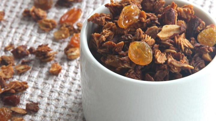 Grandma Dalley's Honey Granola