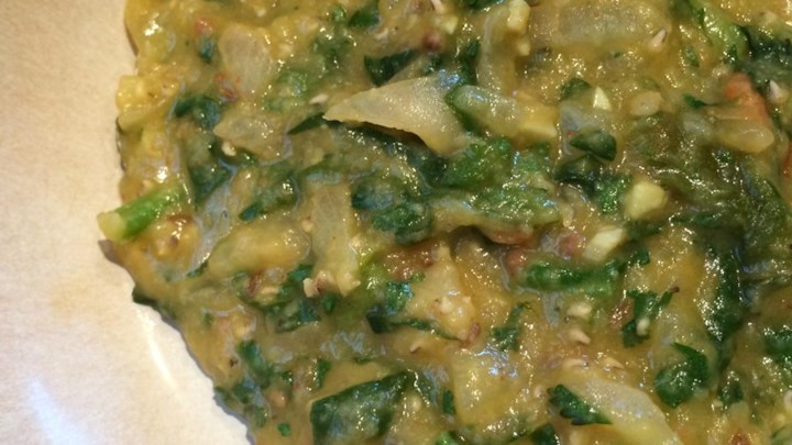 Spinach and Tomato Dal (Indian Lentil Soup)