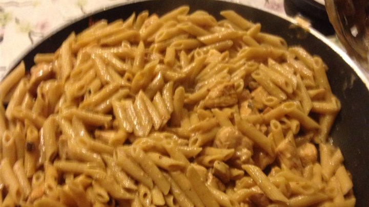 Healthy Creamy Chicken and Pasta