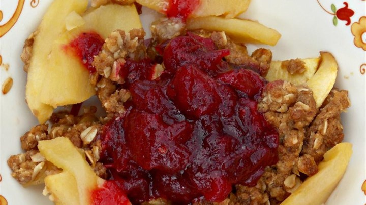 Apple Crisp with Cranberry Compote