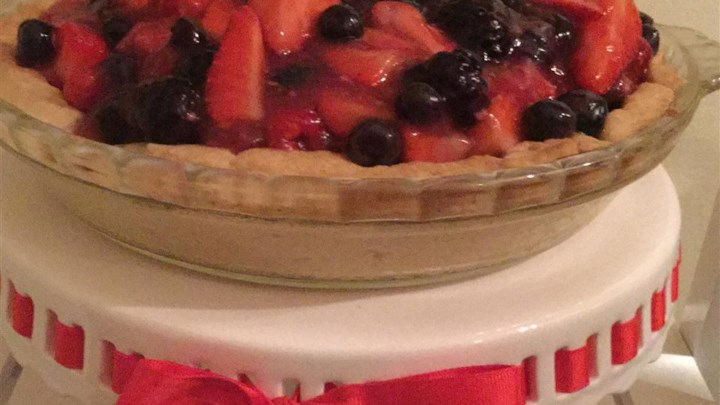 Fresh No-Bake Fruit Pie