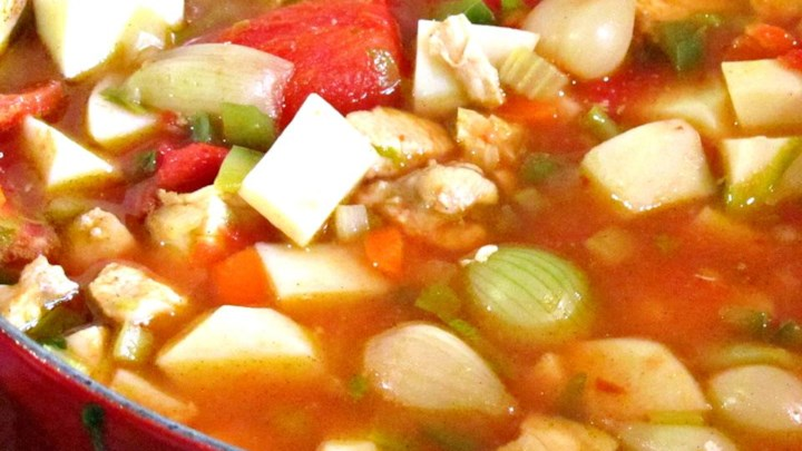 Moroccan Stew with Chicken and Pearl Onions