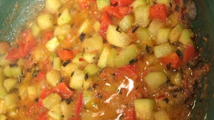 Cucumber-Tomato Sauce