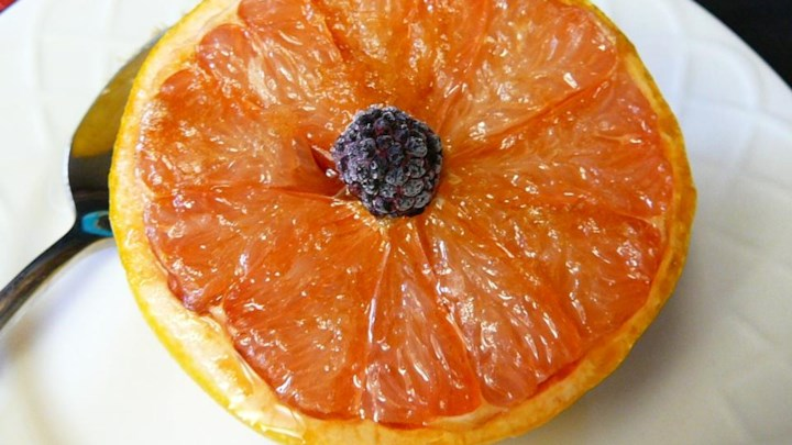 Simple Broiled Grapefruit