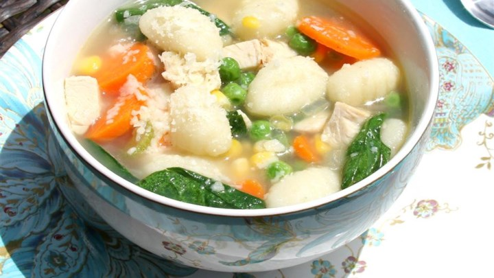 Easy Chicken and Gnocchi Soup