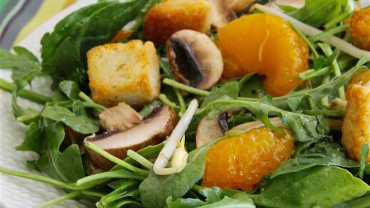 Oriental Spinach Salad