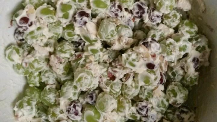Nanny's Grape Salad