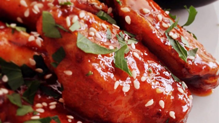Crispy Honey Sriracha Chicken Wings Recipe - Allrecipes.com