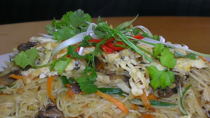 Shrimp Fried Noodles - Thai-Style