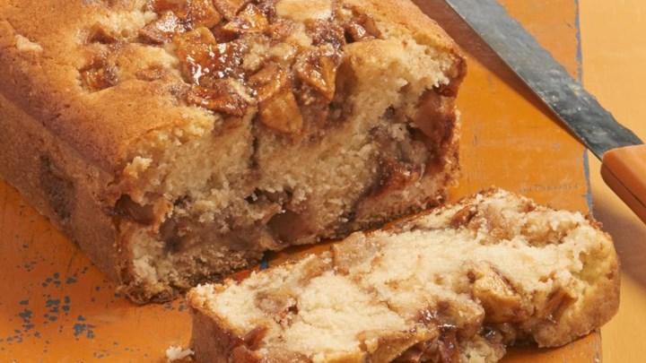 Apple Cinnamon White Cake