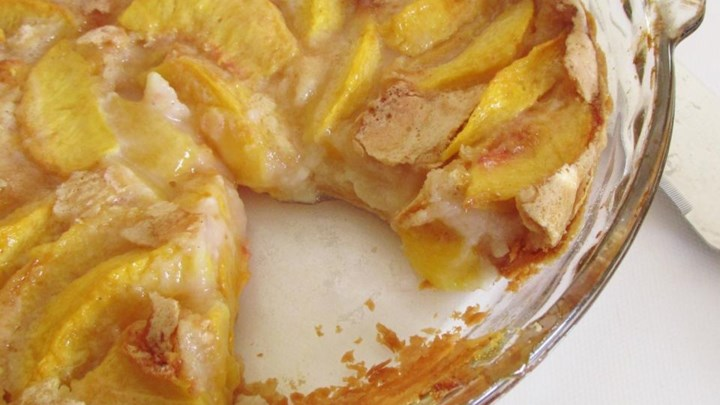 Easy French Peach Pie
