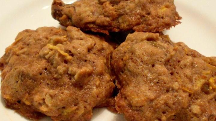 Spicy Zucchini Oatmeal Cookies