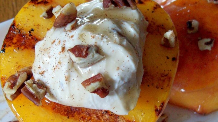 Grilled Peaches and Cream