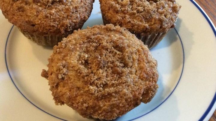 Moist Banana Streusel Muffins