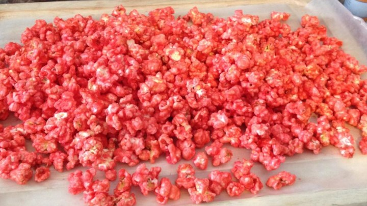 Gelatin-Flavored Popcorn