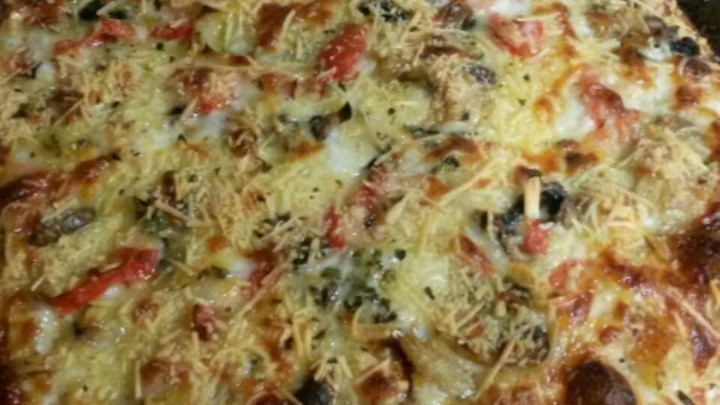 Crab-Artichoke Pizza