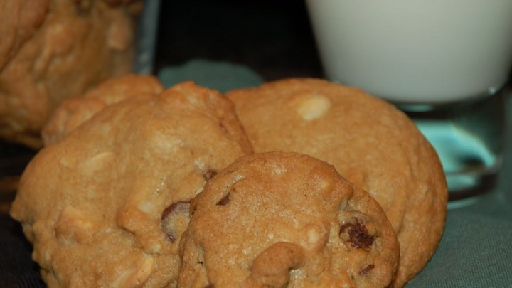 Double Chocolate Chip Macadamia Cookies