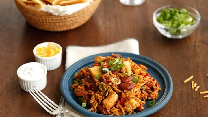 Hearty Chili Chicken & Rice