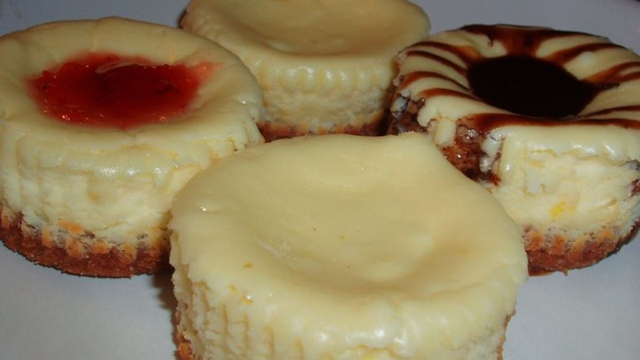 Cheesecake Cupcakes With Sour Cream Topping Recipes — Dishmaps